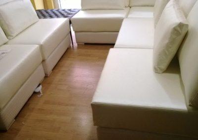 tapizado de sofá d cuero blanco