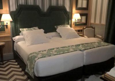 trabajo tapicería en hotel